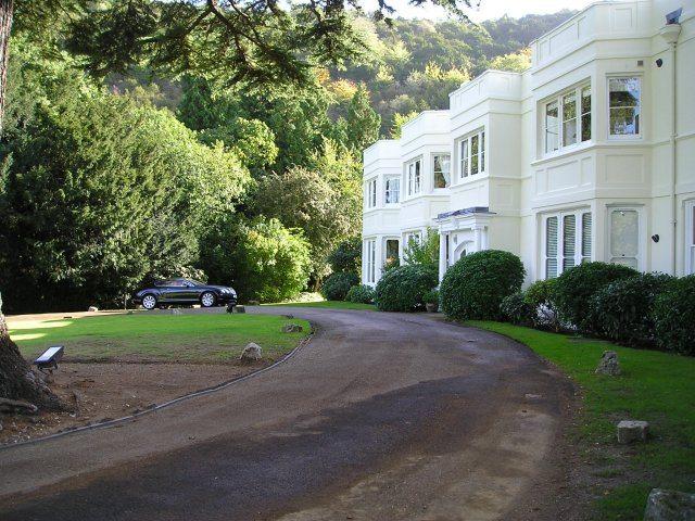 Burford Lodge - Tar & Shingle Driveway (Before)
