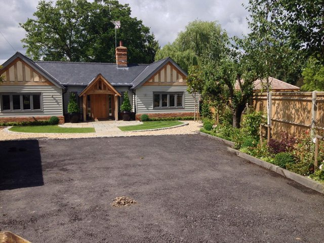 Resin-Bound-Driveway-Meadow-Cottage-Windlesham-Before
