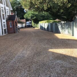 Tar and Shingle Driveway in Staines‐upon‐Thames, Berkshire.