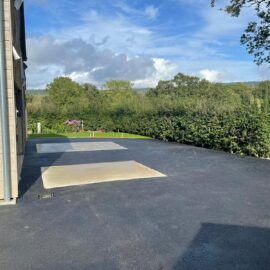Tarmac and Block Paved Roadway in Dorking, Surrey